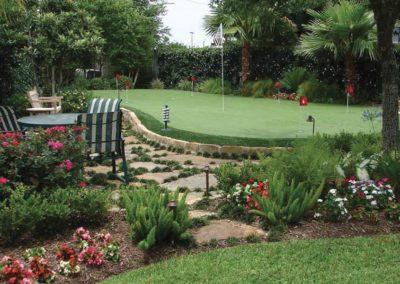 backyard-putting-green-synthetic-grass