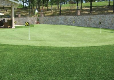 synthetic-grass-putting-green
